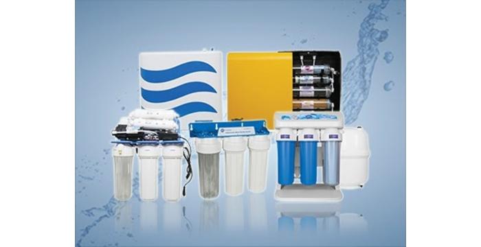 Nên mua máy lọc nước để bàn hay máy lọc nước treo tường?